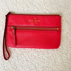 KATE SPADE- Cobble Hill Bee Wristlet